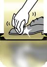 Schuh mit Tuch polieren